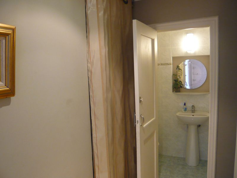 Bathroom w/toilet only Location Apartment 96723 Menton