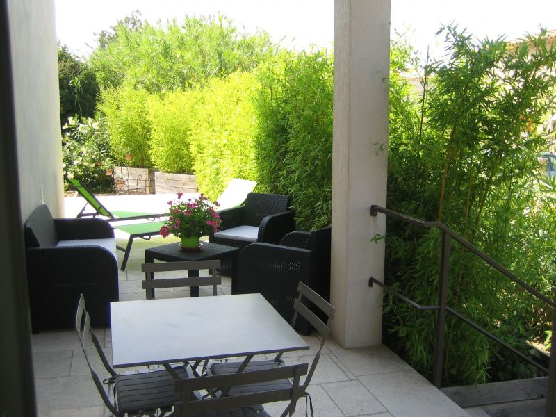 View of the property from outside Location Vacation rental 97000 Maussane les Alpilles