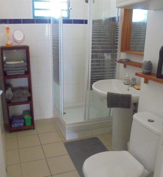 bathroom 2 Location Apartment 108495 Sainte Anne (Guadeloupe)
