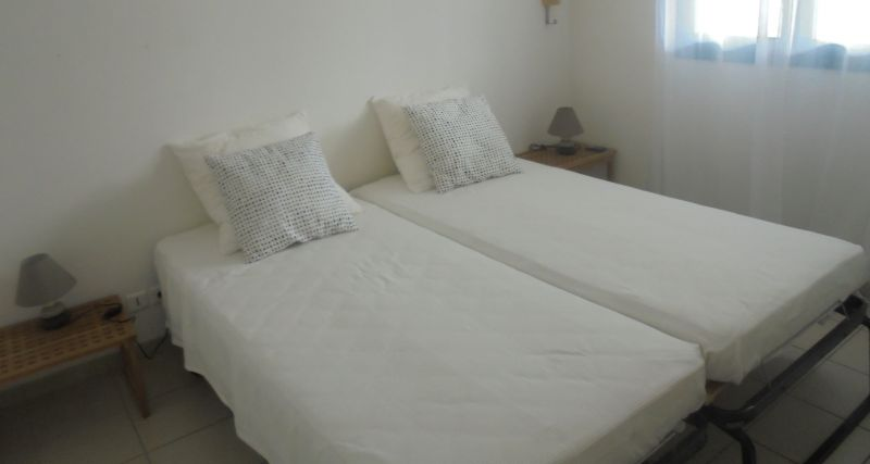 bedroom 2 Location Apartment 108495 Sainte Anne (Guadeloupe)