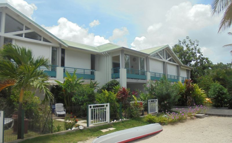 View of the property from outside Location Apartment 108495 Sainte Anne (Guadeloupe)