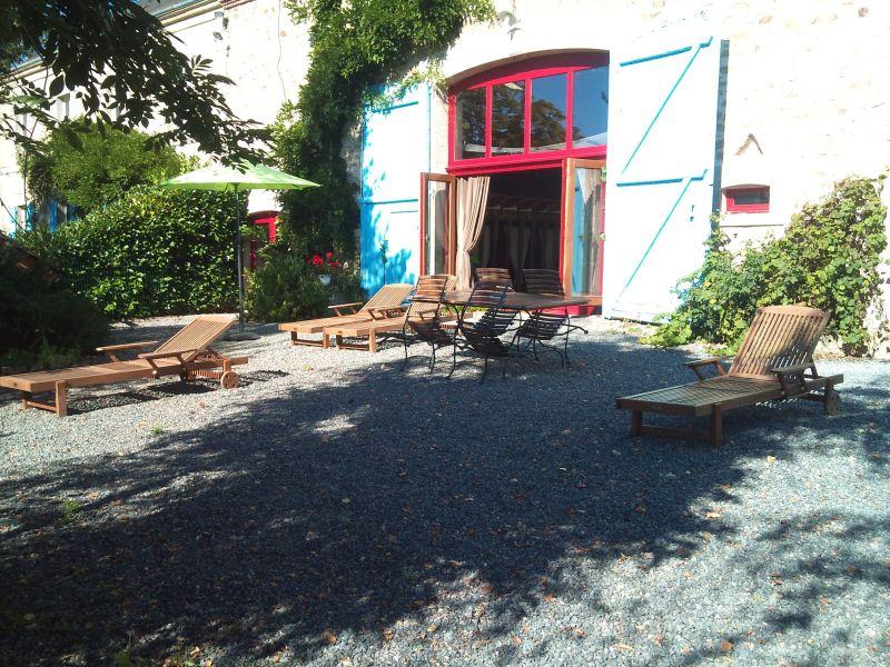 Hall Location Unusual accommodation 114854 Guéret