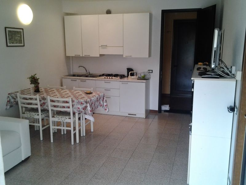 Hall Location Apartment 84752 Sirmione
