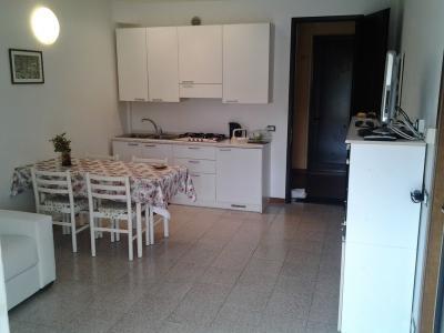 Hall Location Apartment 84752 Sirmione