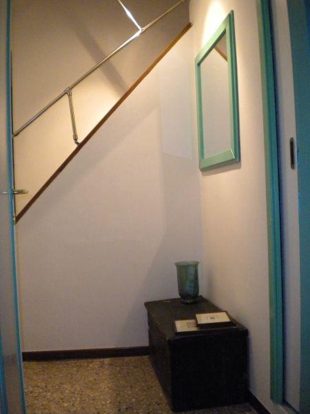 Hall Location Apartment 86011 Venice