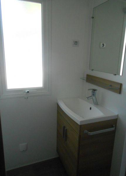 bathroom 1 Location Mobile home 90517 Vias Plage