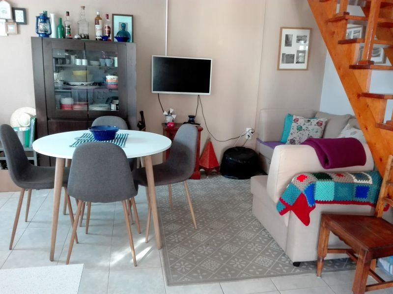 Location One-room apartment 91278 Lisbon
