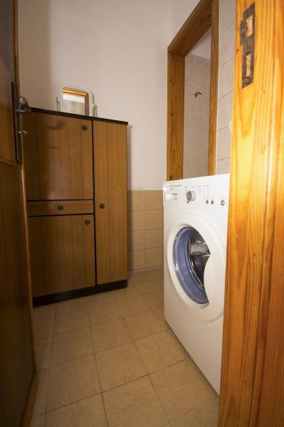 bathroom 2 Location Villa 92878 Torre Vado
