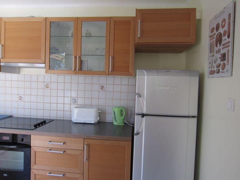 Open-plan kitchen Location Apartment 93858 Nice