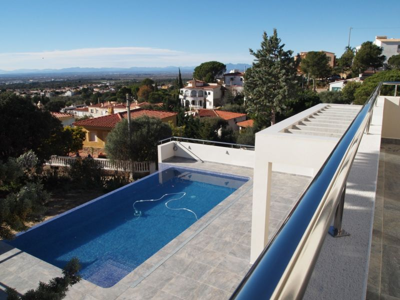Balcony Location Villa 102783 Rosas
