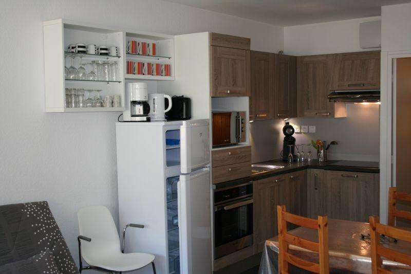 Open-plan kitchen Location Apartment 112071 Gourette