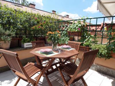 Terrace Location Apartment 89244 Rome