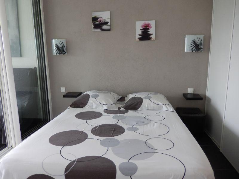 bedroom Location Apartment 90989 Saint Francois