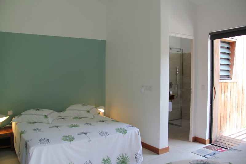 bedroom 3 Location Offbeat B&B 93210 Gosier (Guadeloupe)