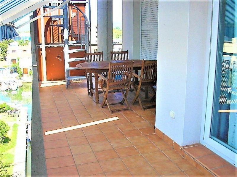 Location Apartment 100111 Rosas