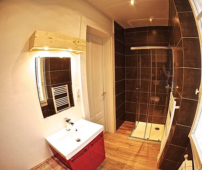 Half bath Location Apartment 101933 Thonon Les Bains