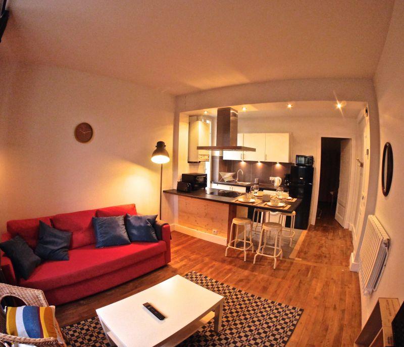 Open-plan kitchen Location Apartment 101933 Thonon Les Bains