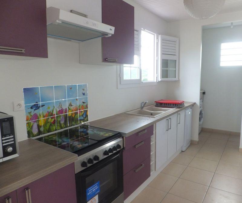 Open-plan kitchen Location House 106448 Le Diamant