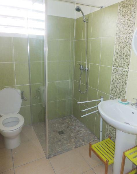 Half bath 2 Location House 106448 Le Diamant