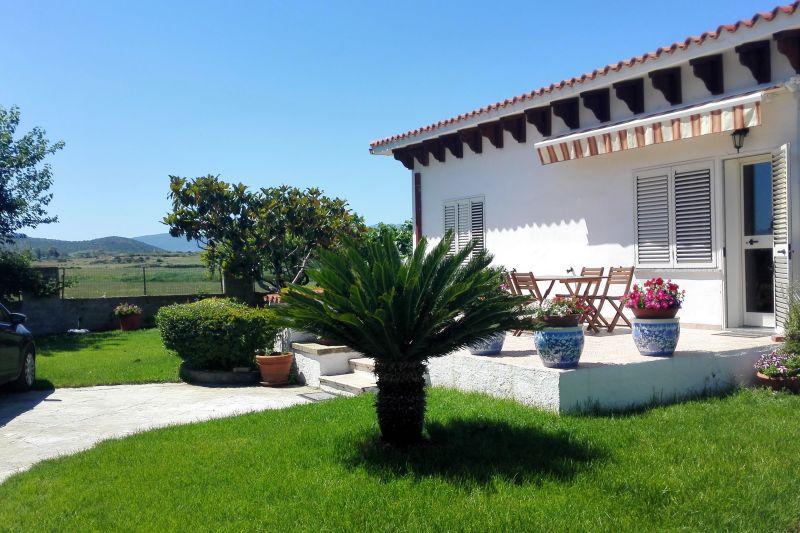 Garden Location Apartment 108223 Posada