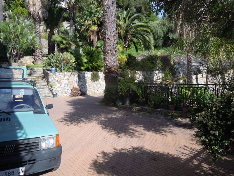Parking Location Apartment 115816 Bordighera
