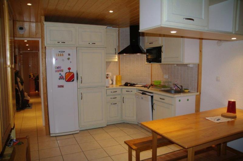 Open-plan kitchen Location Apartment 67610 Piau Engaly