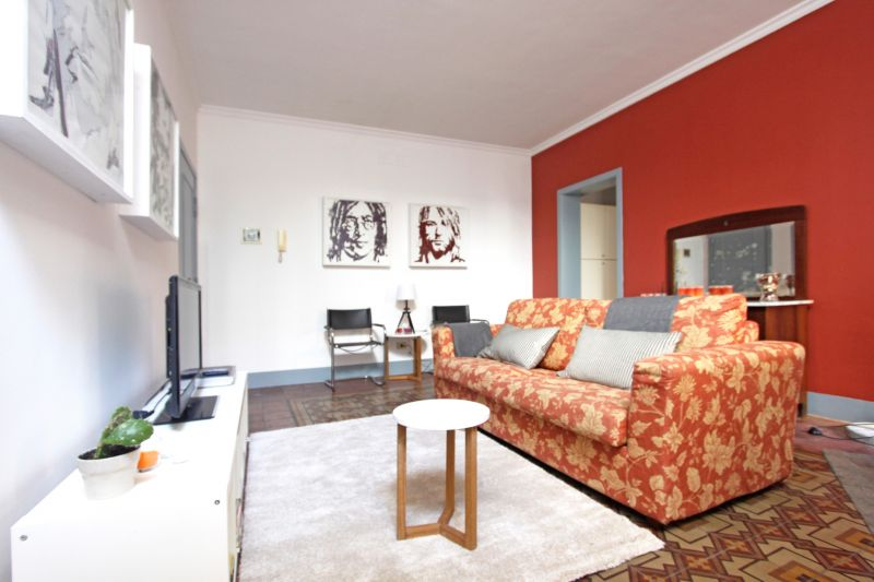 Living room Location Apartment 71268 Catania