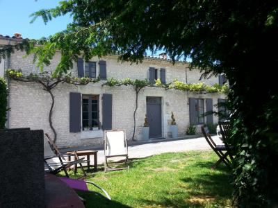Location House 84053 Royan