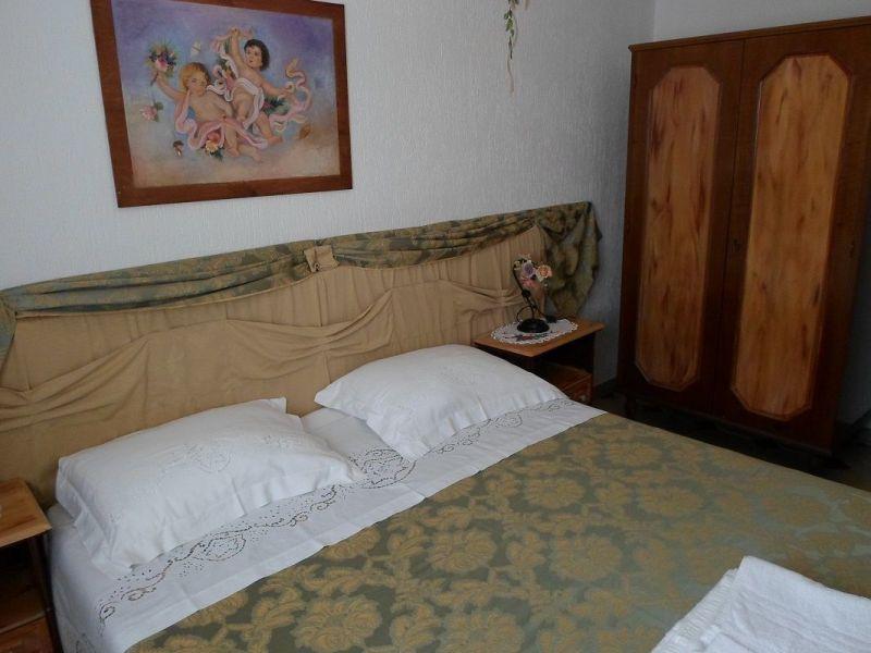 bedroom 2 Location Apartment 86954 Pescoluse