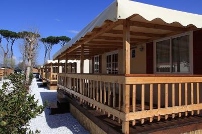 View of the property from outside Location Mobile home 93402 Viareggio
