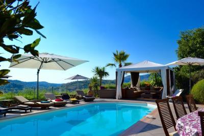 Swimming pool Location Villa 94671 Cannes