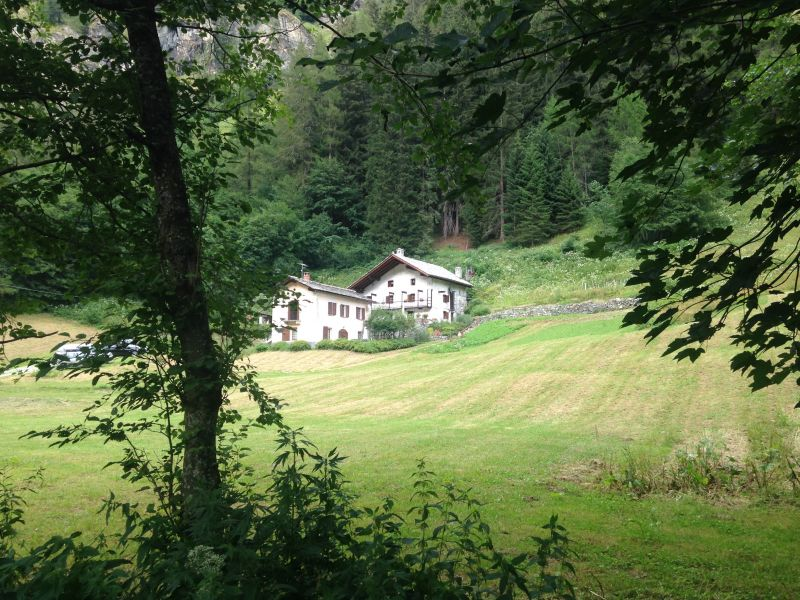 View of the property from outside Location Chalet 111344 Gressoney Saint Jean