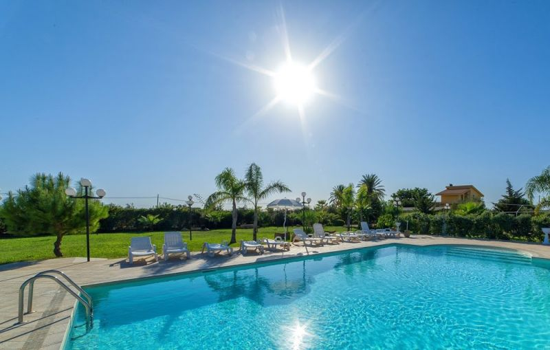 Swimming pool Location Apartment 112627 Marsala