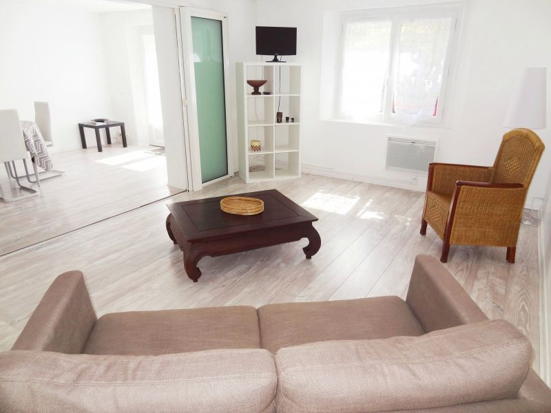 Lounge Location Apartment 112710 Aix en Provence