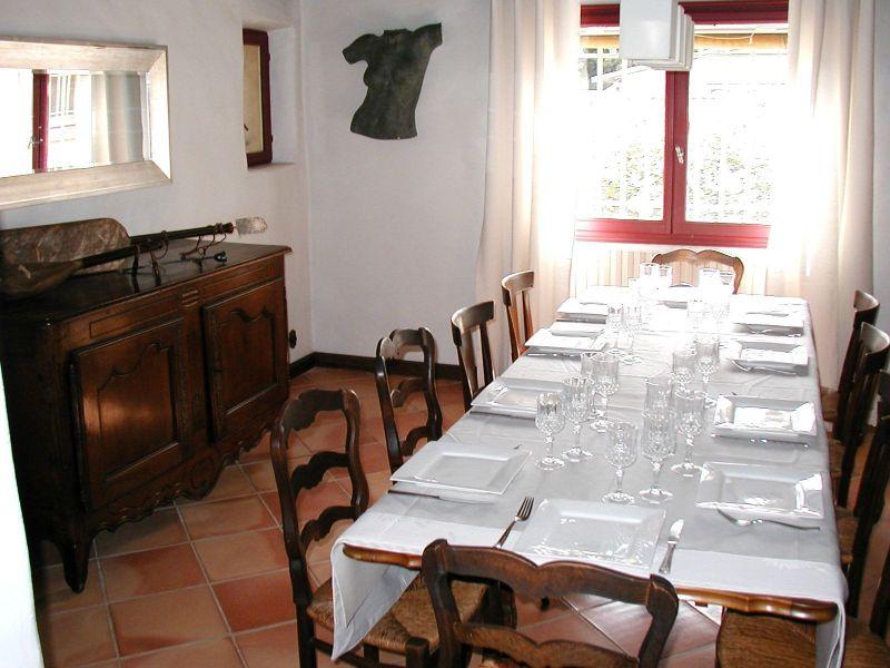 Living room Location House 113130 Avignon