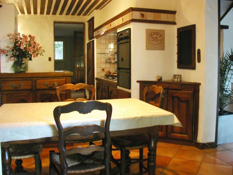 Separate kitchen Location House 113130 Avignon