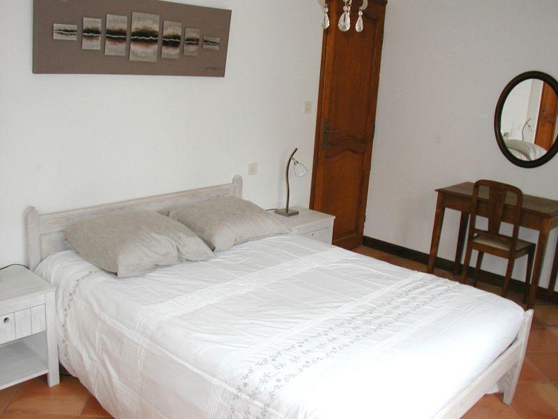 bedroom 1 Location House 113130 Avignon