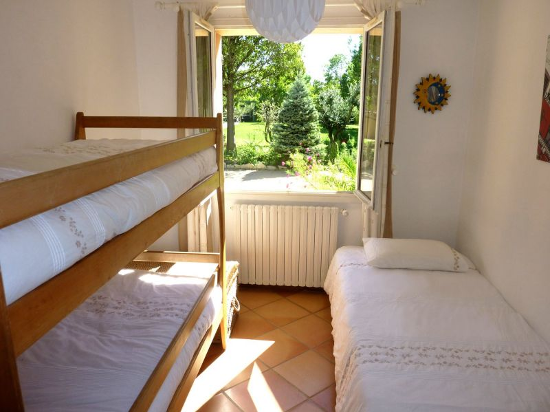 bedroom 3 Location House 113130 Avignon