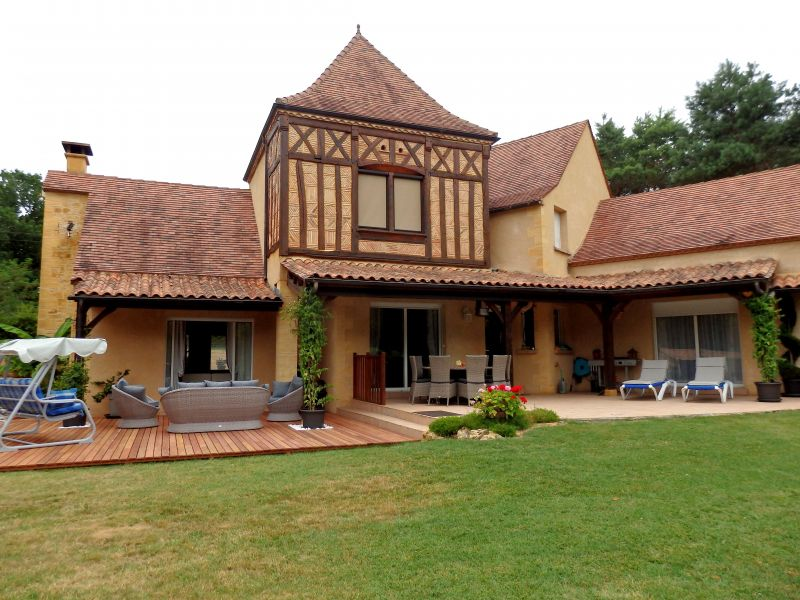 View of the property from outside Location Villa 113497 Couze et Saint Front