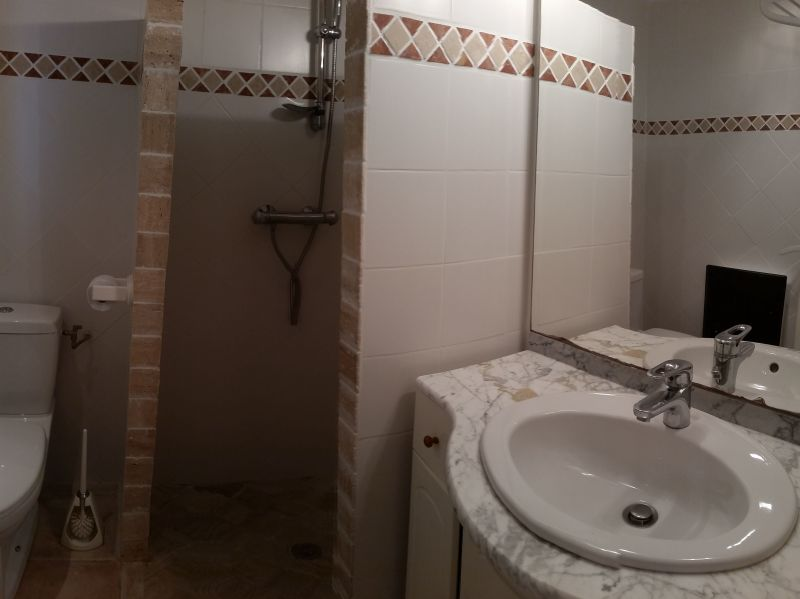 Half bath 2 Location Villa 114573 Porticcio