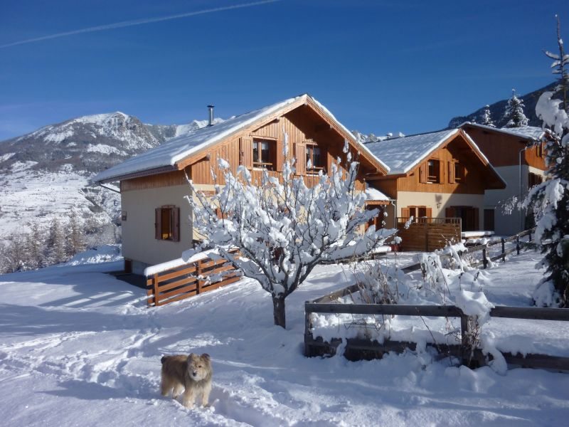 Surroundings Location Chalet 65856 Les Orres
