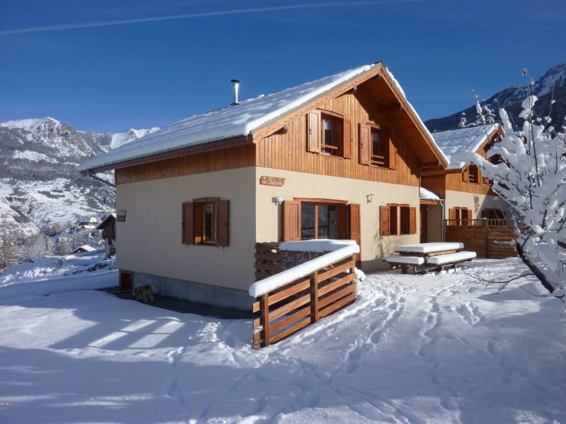 View of the property from outside Location Chalet 65856 Les Orres