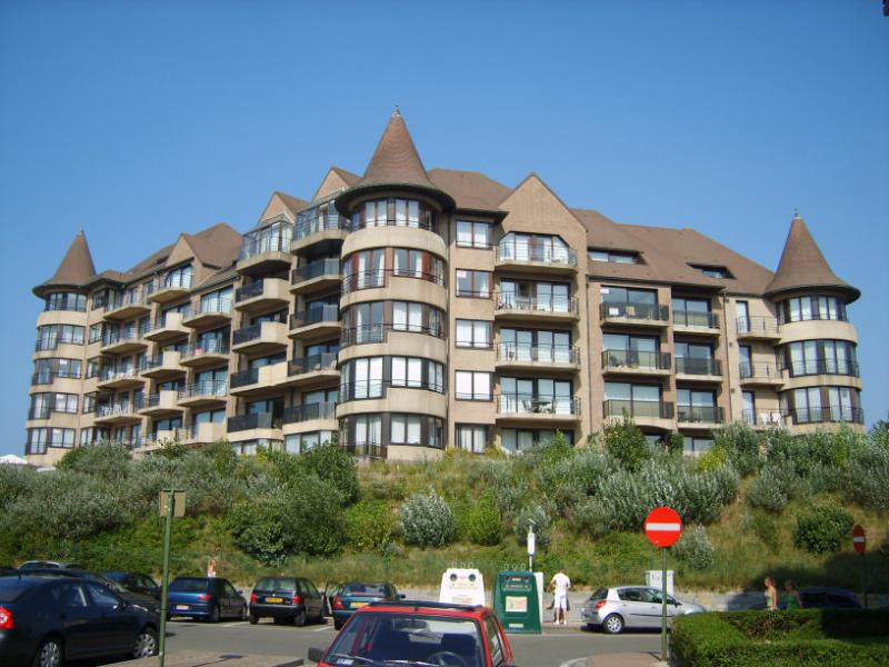 View of the property from outside Location Apartment 78706 De Panne