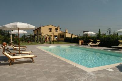 Swimming pool Location Apartment 93910 Livorno