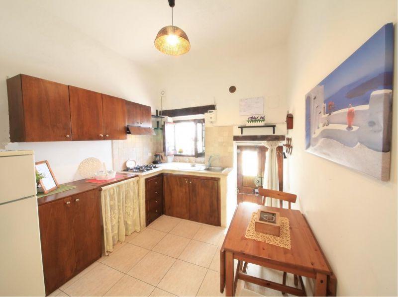 Separate kitchen Location House 99596 Monopoli
