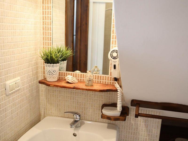 bathroom Location House 99596 Monopoli
