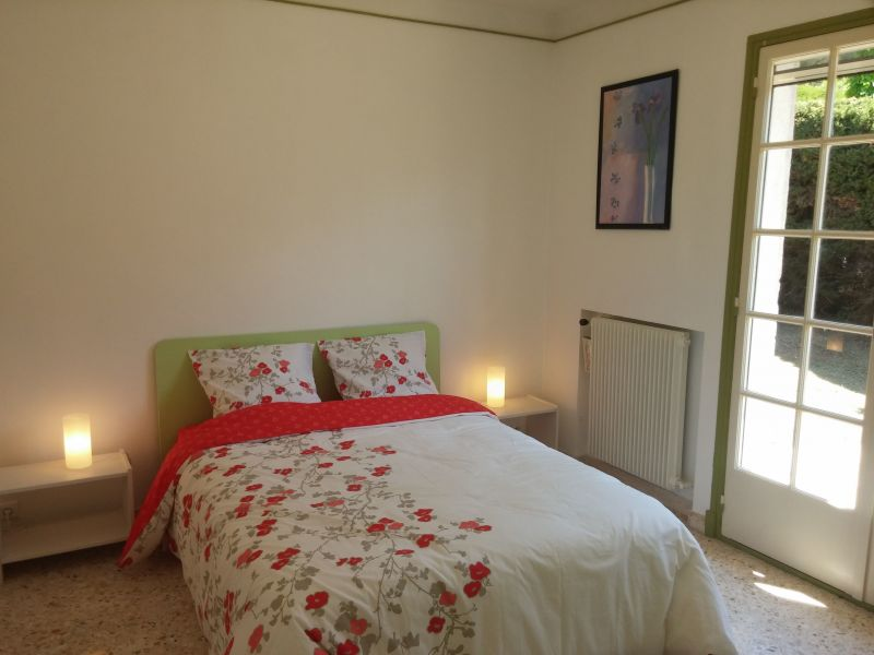 bedroom 1 Location Villa 113495 Golfe Juan