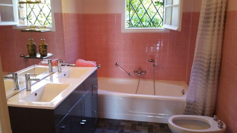 bathroom 1 Location Villa 113495 Golfe Juan