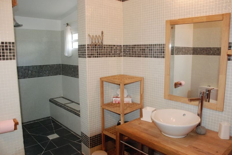 Half bath 1 Location Villa 116237 Saint Francois