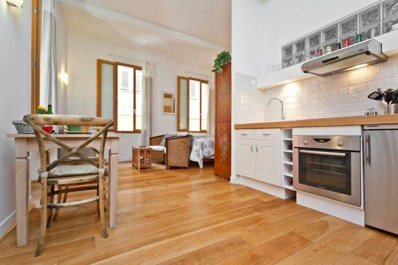 Location One-room apartment 116505 Nice